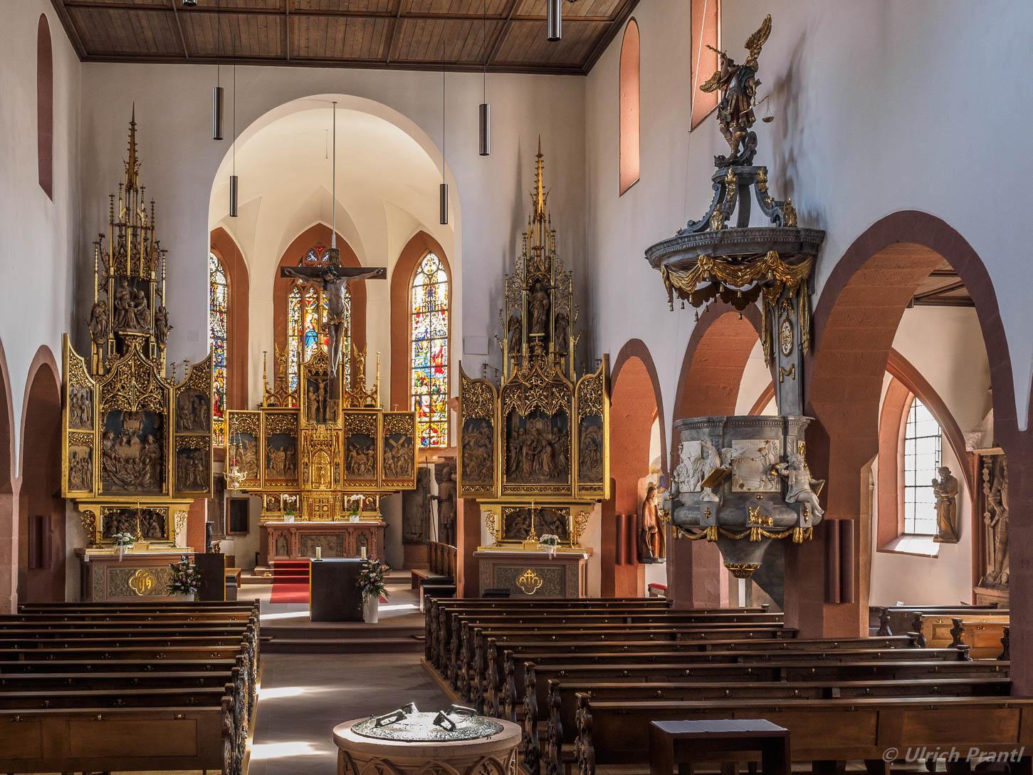 Stadtpfarrkirche Lohr, Innenansicht