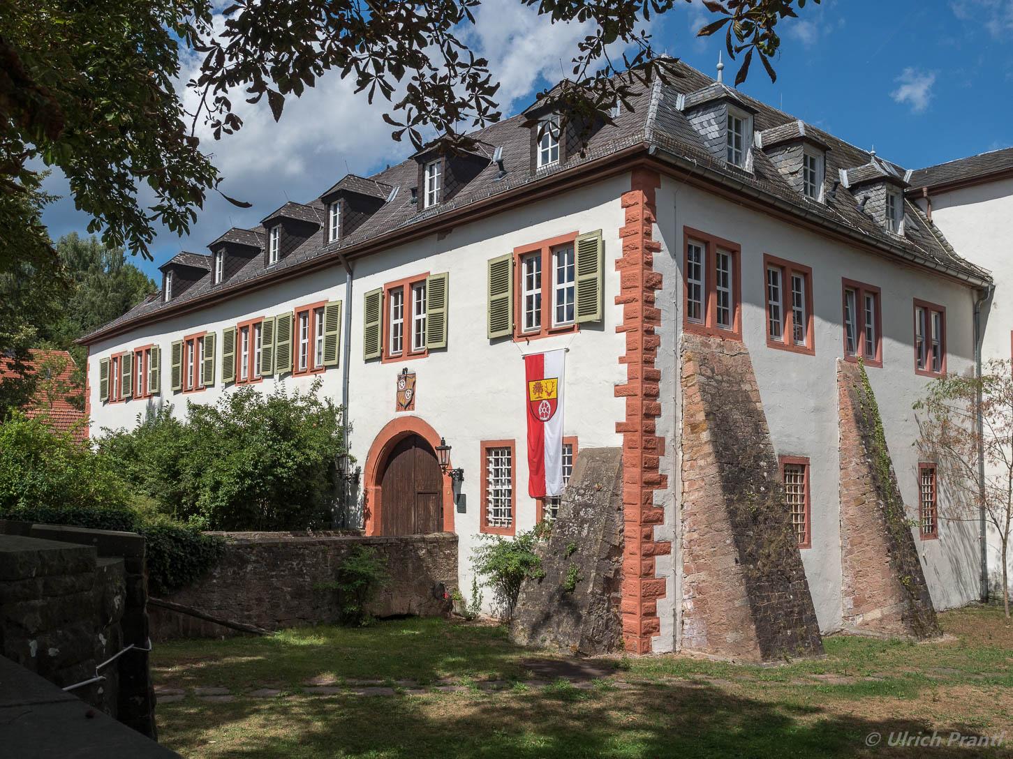Rothenbuch Schloss