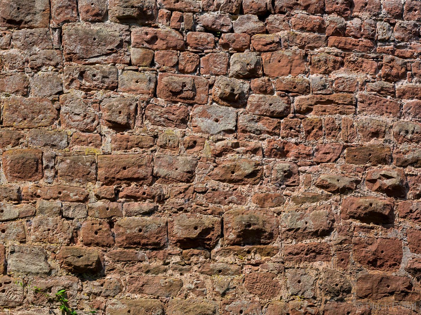 Außenmauer Burg Wildenstein