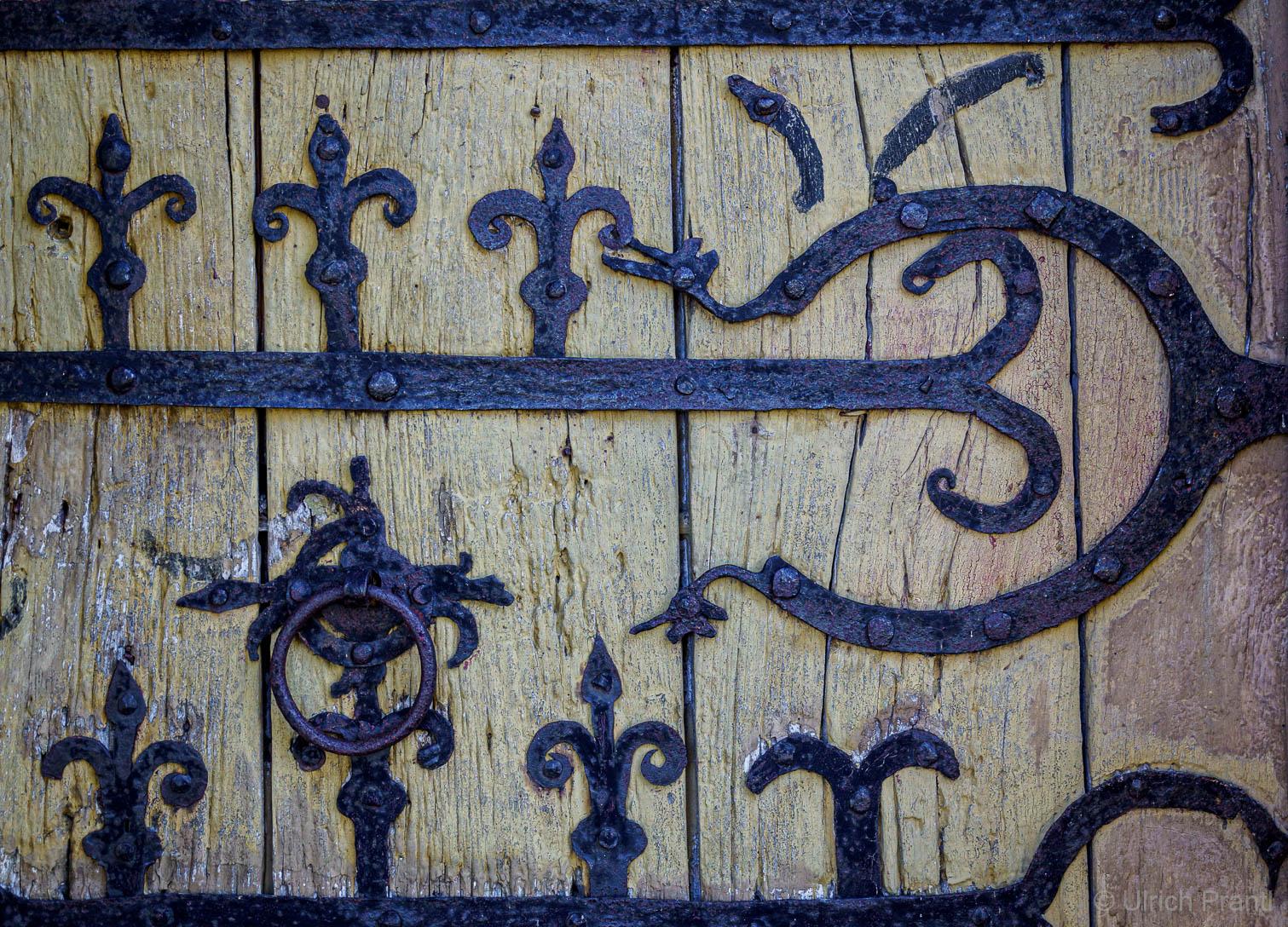 Eisenbeschläge der Eingangstüre der Jakobskirche