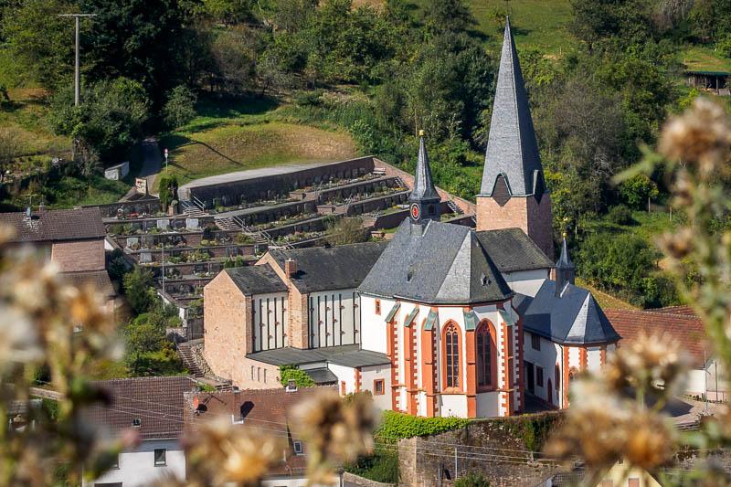 Kirchenhügel von Hessenthal mit 3 Kirchen